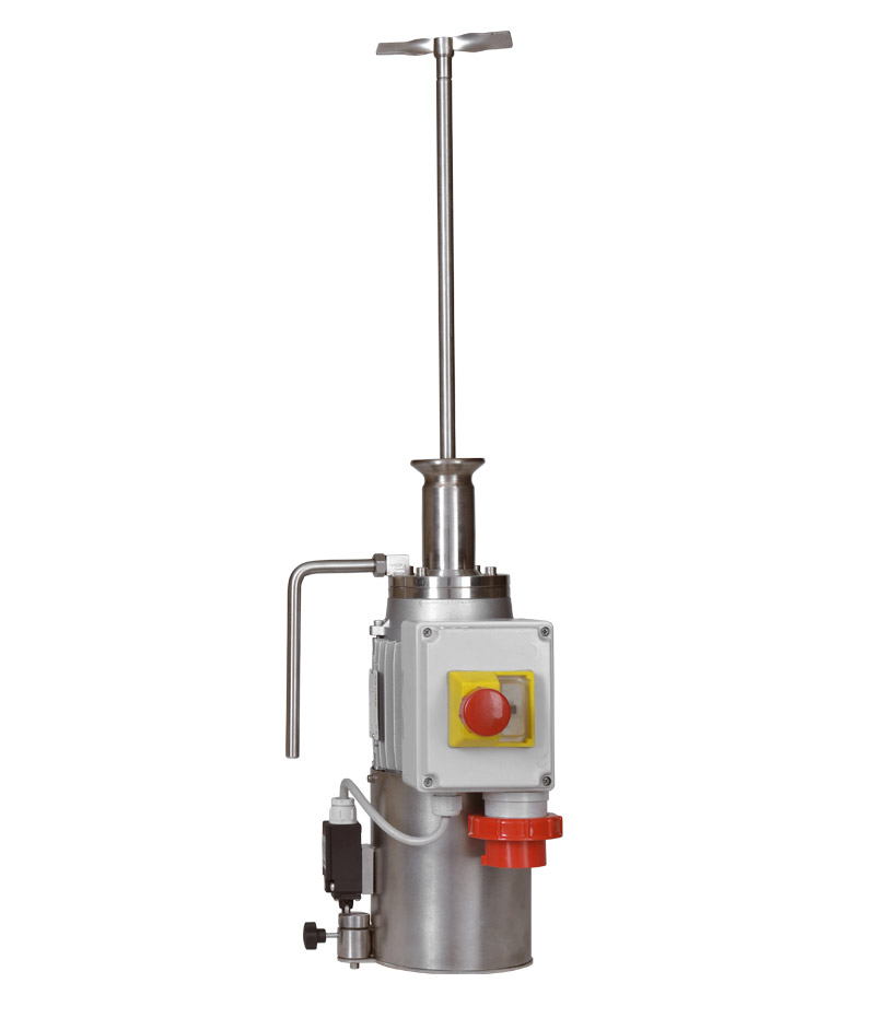 Agitator for stainless steel tanks