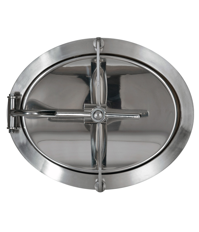 Oval stainless steel manway